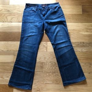Limited Sz 12 Bootcut Jeans in Excellent Condition